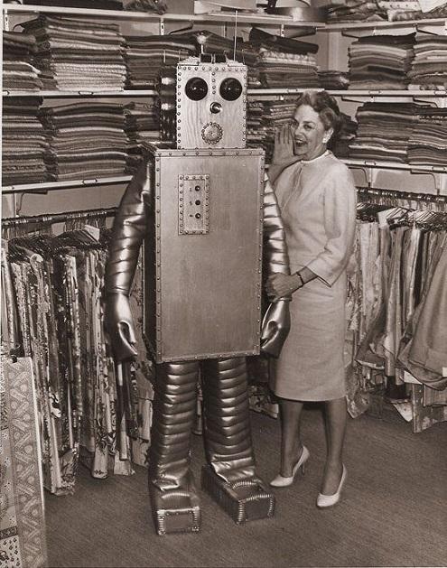 ROBOTIKMACHINE - Le robot à la mode dans Robotikmachine 18022611532215263615580828