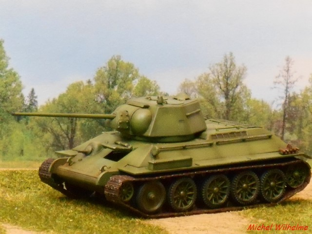 T34/57 1/72 maquette UM 1803050704585625615597109