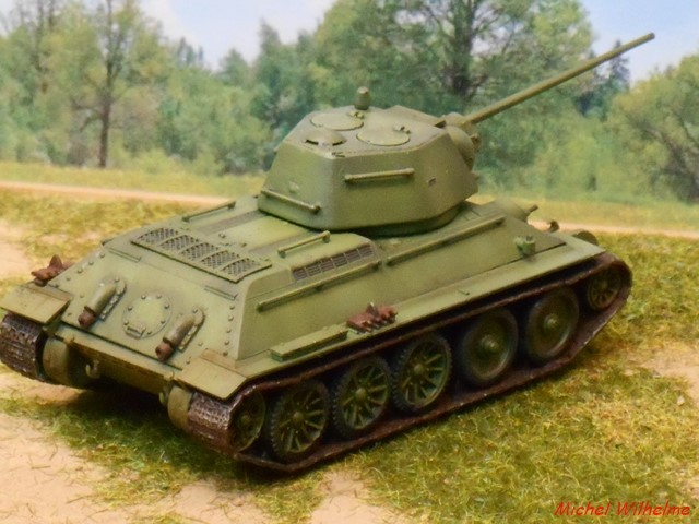 T34/57 1/72 maquette UM 1803050705505625615597115