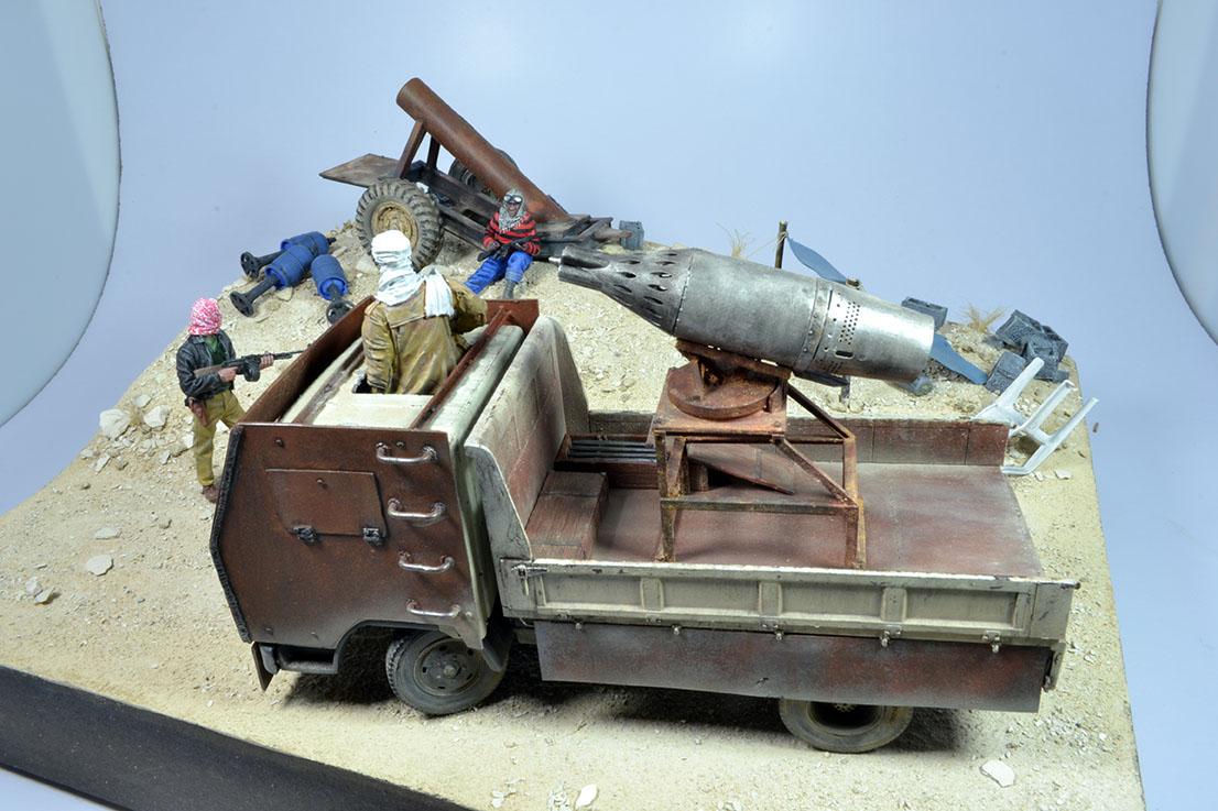 Camion Mitsubishi  blindé 1/35 (DIOPARK) - Page 4 18030807261422494215602833