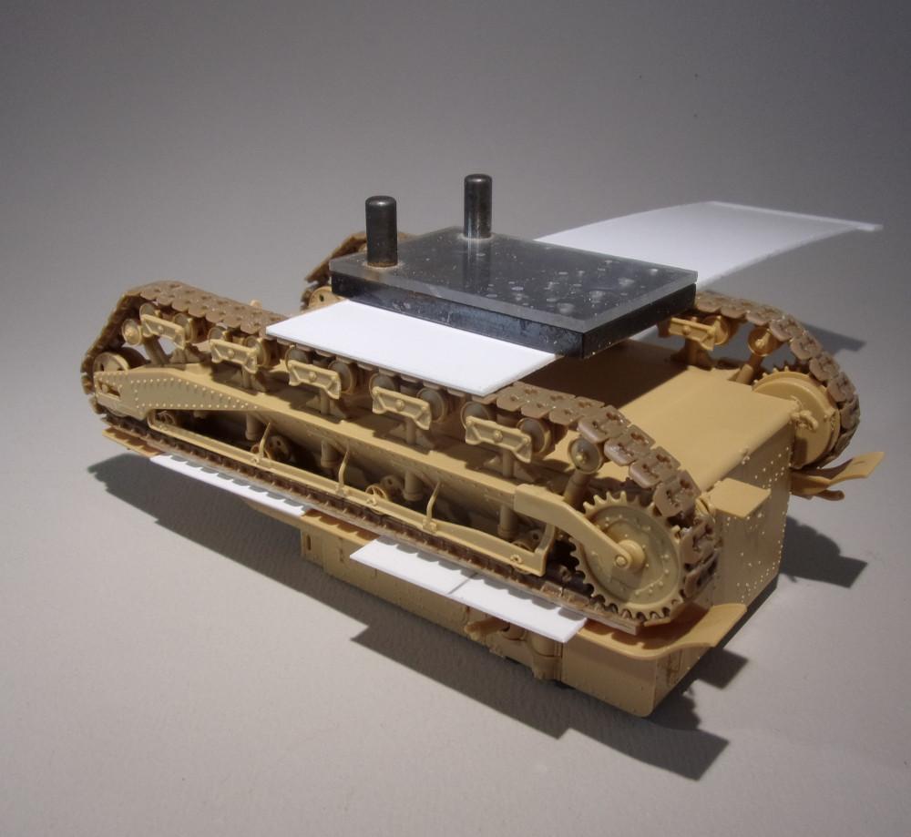 Vickers Medium MarkI (Hobby Boss 1/35) 18031010415523099315607206