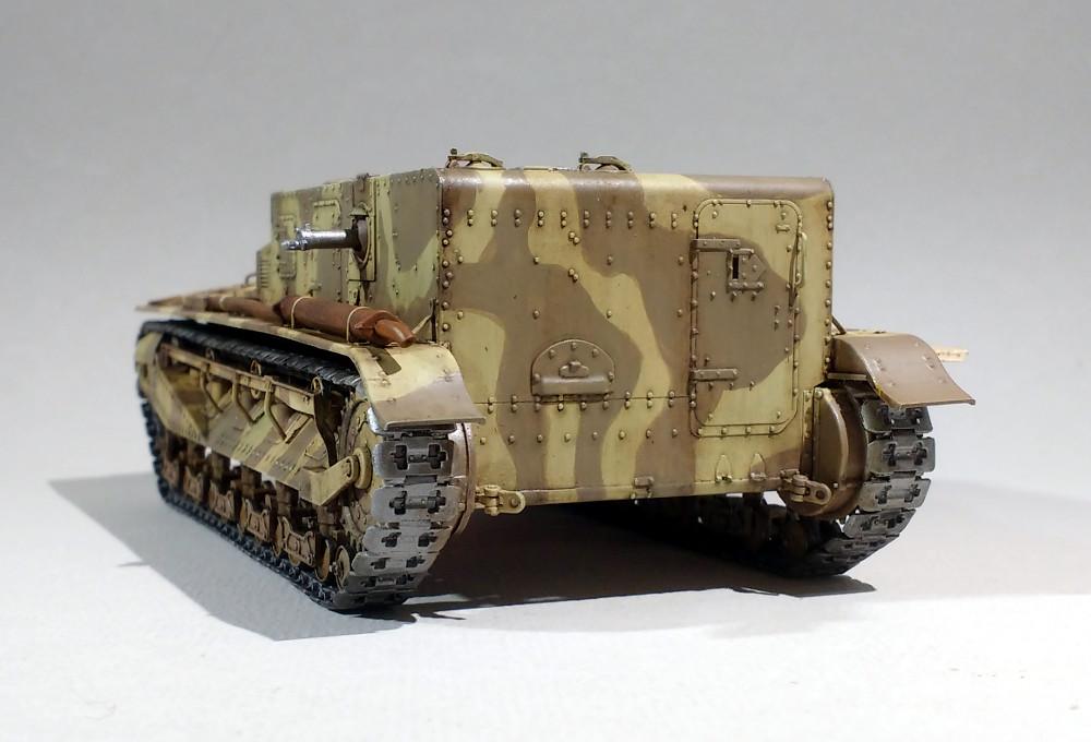 Vickers Medium MarkI (Hobby Boss 1/35) 18031107514323099315608788
