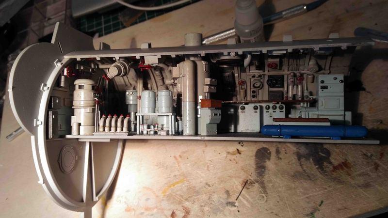 U-552 TRUMPETER Echelle 1/48 - Page 12 18031112213223648415607653