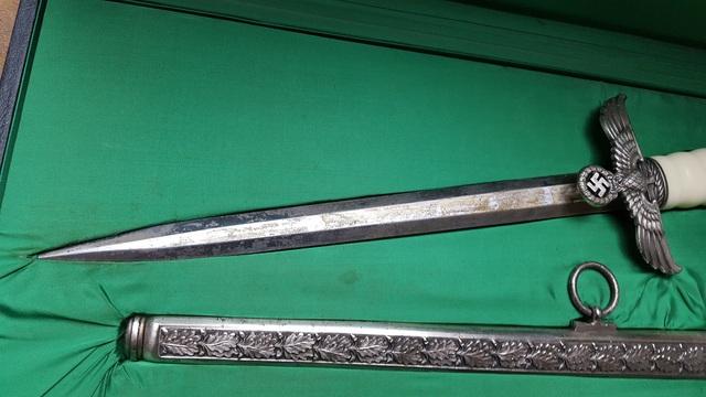 Authentification et estimation d'une dague 18031406253311912015612879