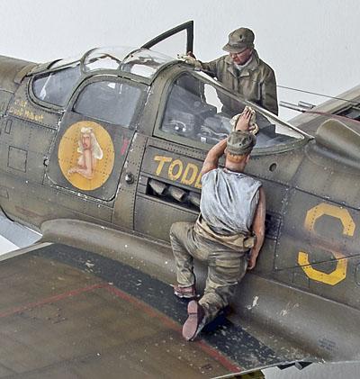 Figurines de pilotes et de mécaniciens ww2 + maquettes d'avions 18040401095314703415650409