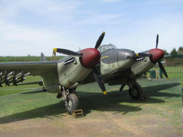 De Havilland Mosquito FB.VI 235 Sqn Monogram 1/48  18040909295823669015660199
