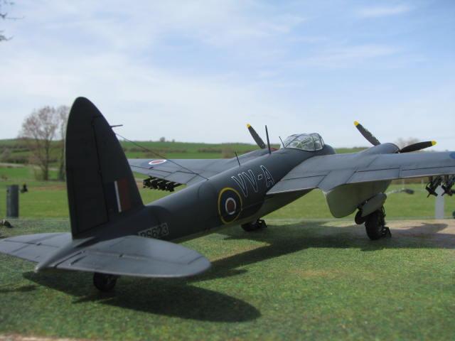 De Havilland Mosquito FB.VI 235 Sqn Monogram 1/48  18040909295823669015660202