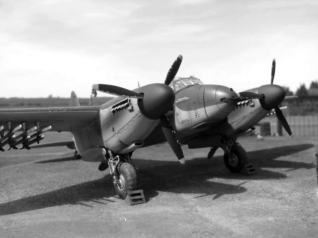 De Havilland Mosquito FB.VI 235 Sqn Monogram 1/48  18040909301923669015660210