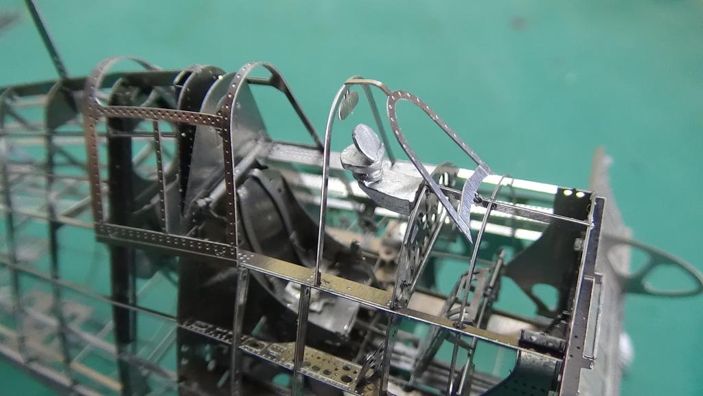 Grumman F6F-5 Hellcat 1/48e à poil ! TERMINE - Page 3 18041205185223134915664296
