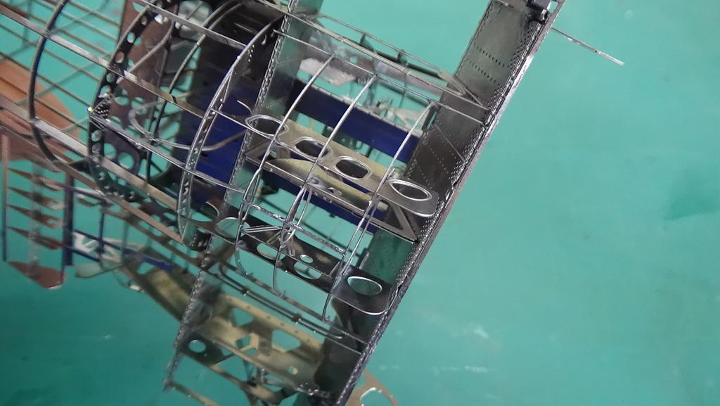 Grumman F6F-5 Hellcat 1/48e à poil ! TERMINE - Page 3 18041205221823134915664329