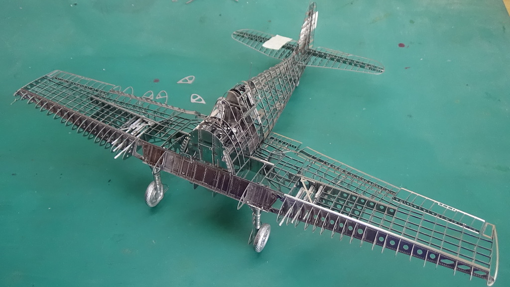 Grumman F6F-5 Hellcat 1/48e à poil ! TERMINE - Page 3 18041411441123134915668211