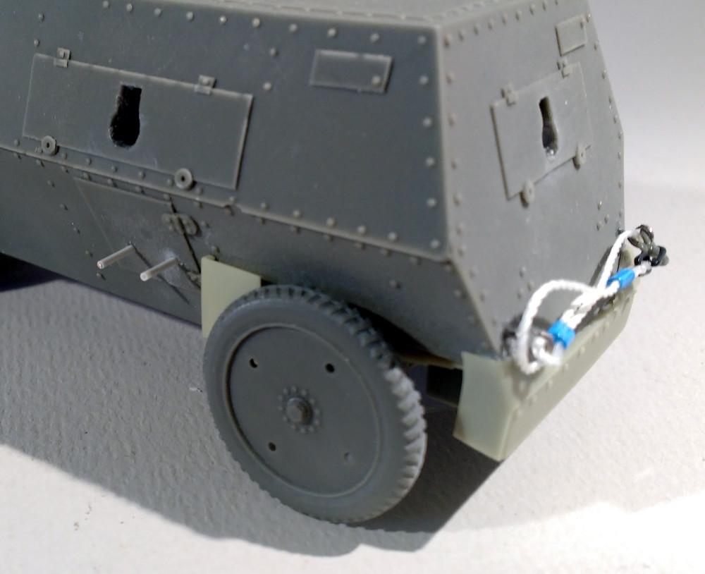 Automitrailleuse Russo Balt typeC 1914 au 1/35 (WW modelstudio) 18041607322423099315671544