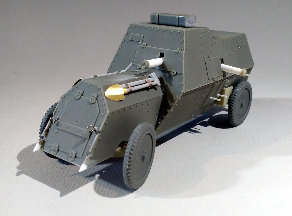 Automitrailleuse Russo Balt typeC 1914 au 1/35 (WW modelstudio) 18041607322823099315671547