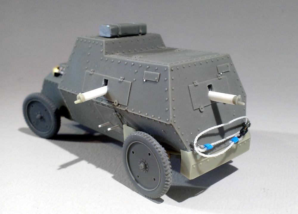 Automitrailleuse Russo Balt typeC 1914 au 1/35 (WW modelstudio) 18041607323123099315671549
