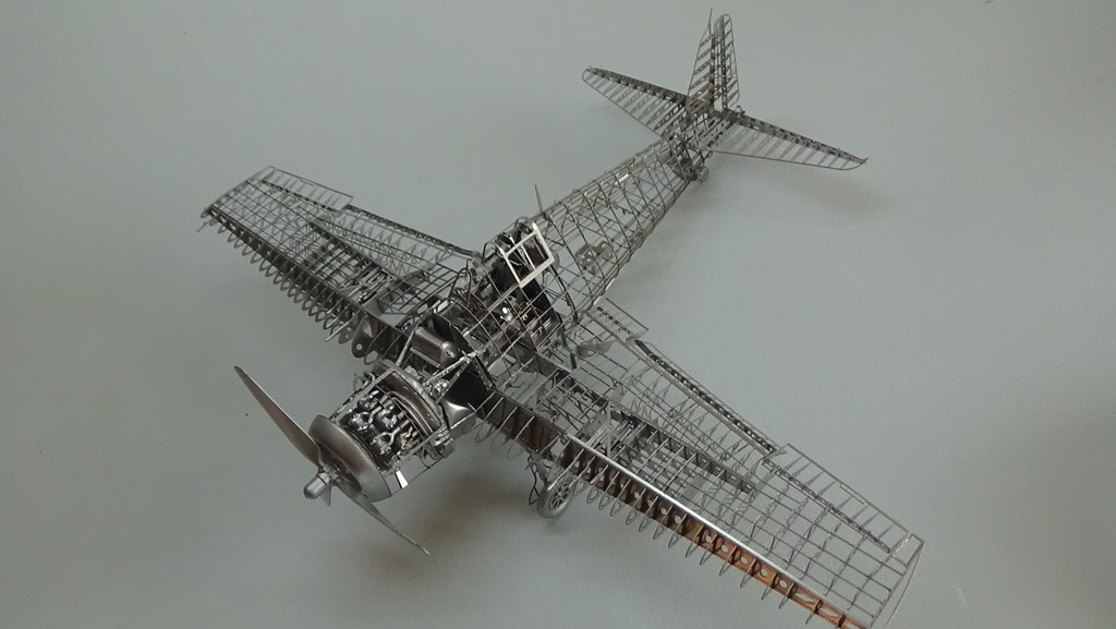 Grumman F6F-5 Hellcat 1/48e à poil ! TERMINE - Page 4 18041907483623134915676664