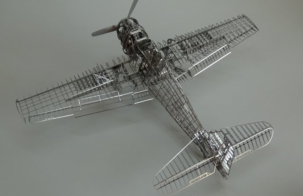 Grumman F6F-5 Hellcat 1/48e à poil ! TERMINE - Page 4 18041907500523134915676674