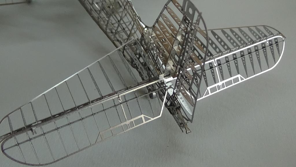 Grumman F6F-5 Hellcat 1/48e à poil ! TERMINE - Page 4 18041907504823134915676689