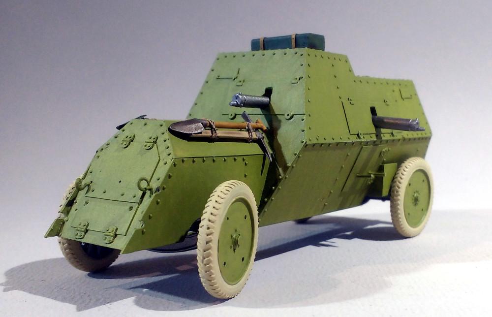 Automitrailleuse Russo Balt typeC 1914 au 1/35 (WW Modelstudio) - Page 2 18042902293823099315690701