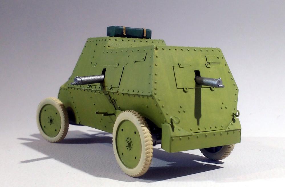 Automitrailleuse Russo Balt typeC 1914 au 1/35 (WW Modelstudio) - Page 2 18042902294223099315690703