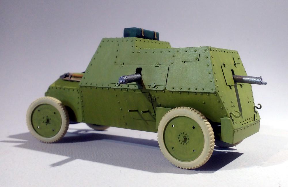 Automitrailleuse Russo Balt typeC 1914 au 1/35 (WW Modelstudio) - Page 2 18042902294523099315690704