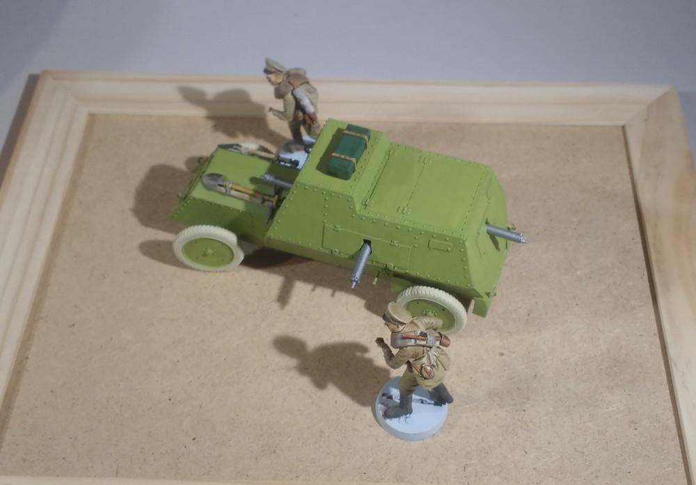 Automitrailleuse Russo Balt typeC 1914 au 1/35 (WW Modelstudio) - Page 2 18042908391523099315691409