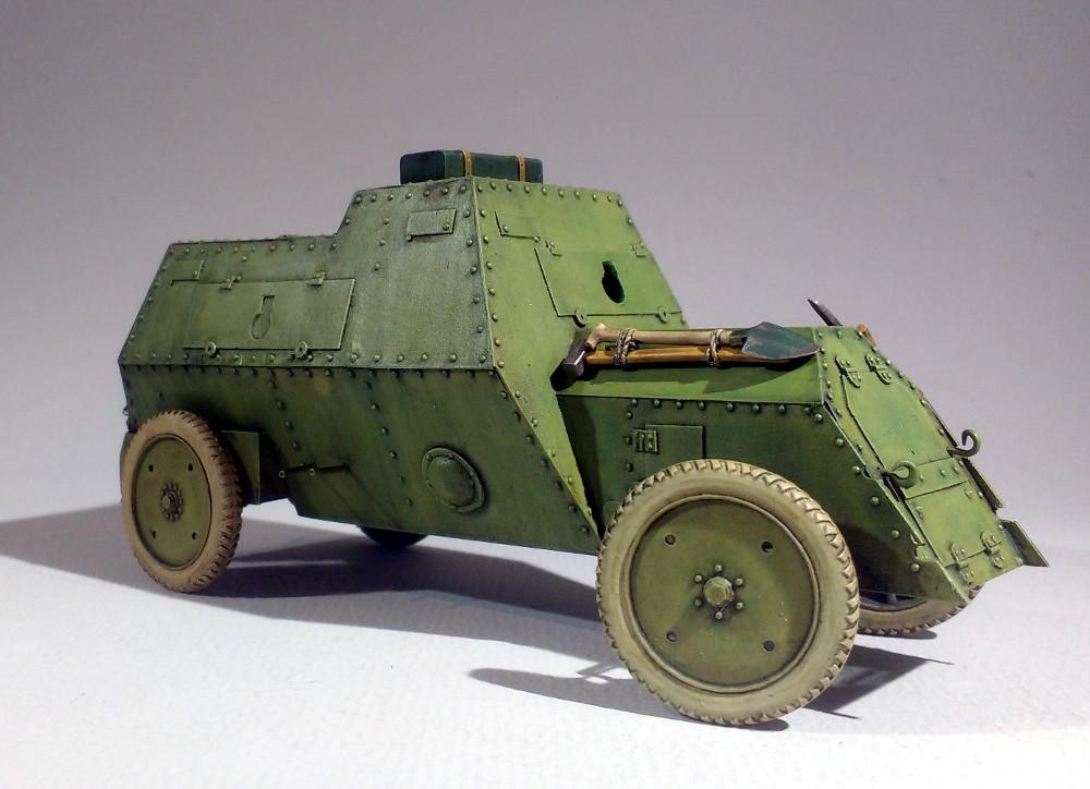 Automitrailleuse Russo Balt typeC 1914 au 1/35 (WW Modelstudio) - Page 2 18043009550523099315693397