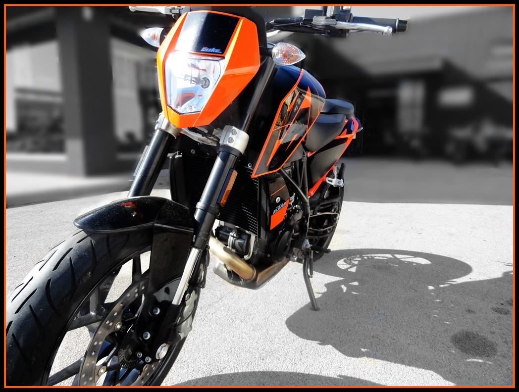Vous rouler aussi à moto ... Montrez nous vos belles  - Page 2 18051204124918913415709555
