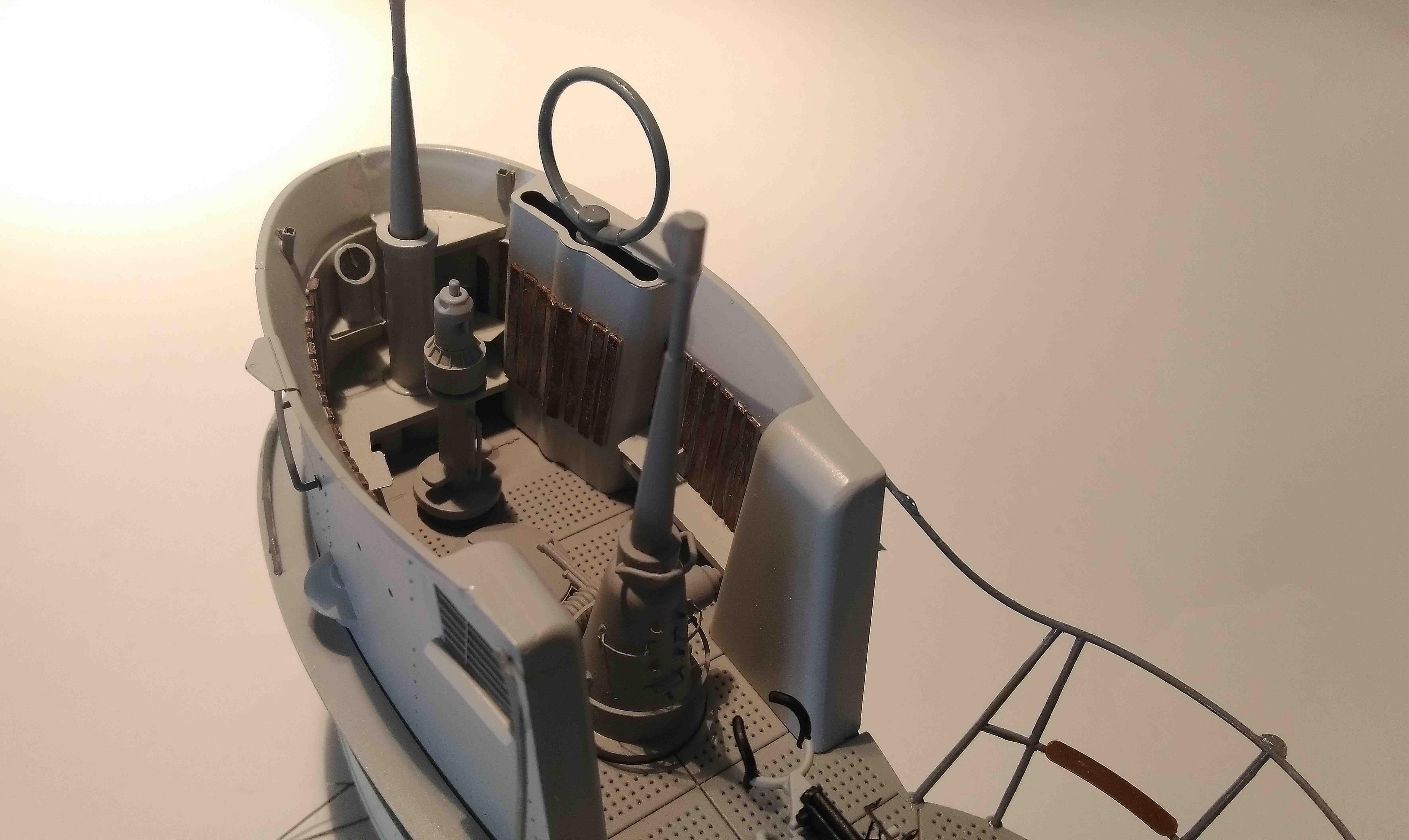 U-552 TRUMPETER Echelle 1/48 - Page 19 18052301111823648415726317