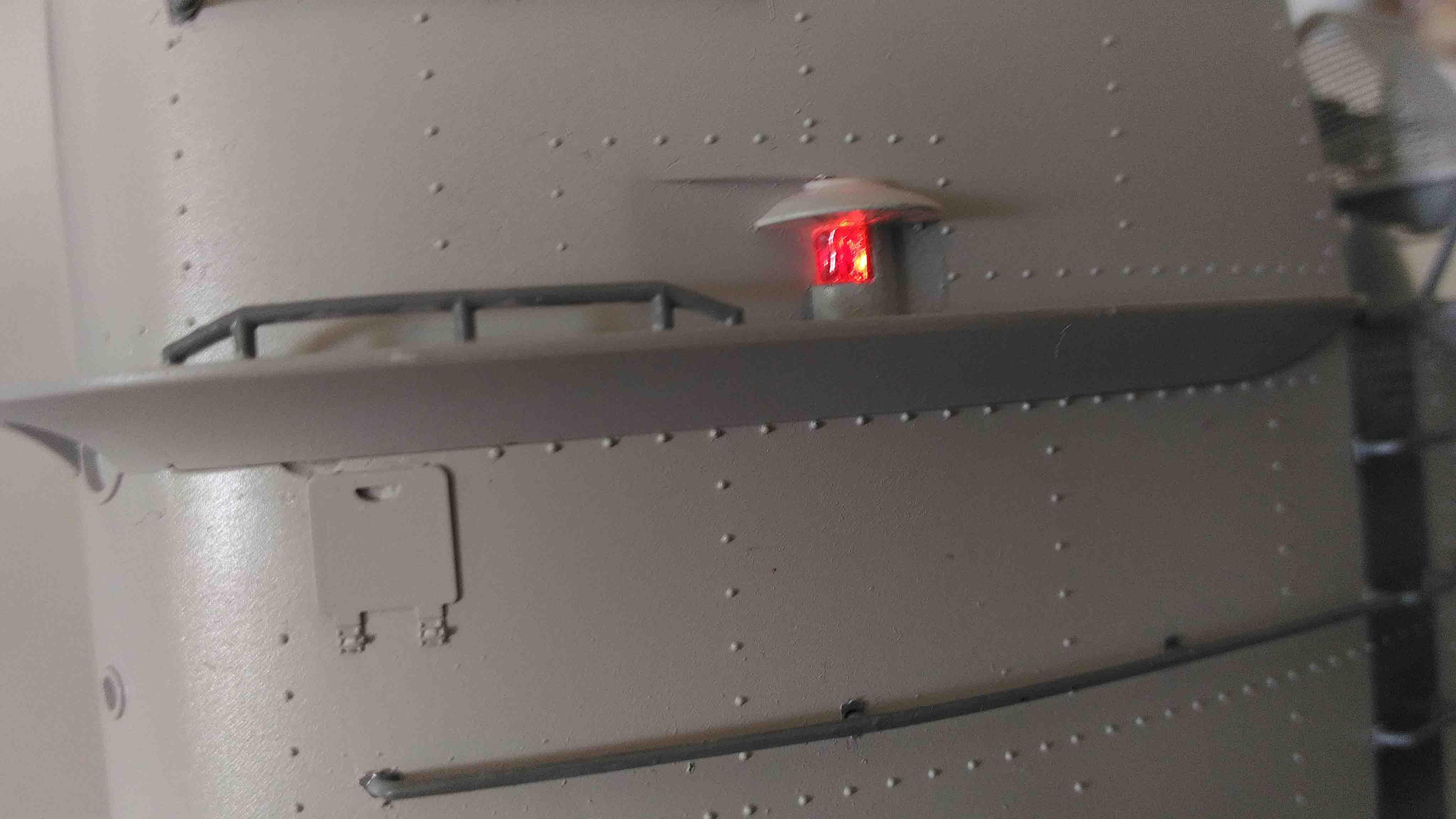 U-552 TRUMPETER Echelle 1/48 - Page 19 18052301113923648415726323