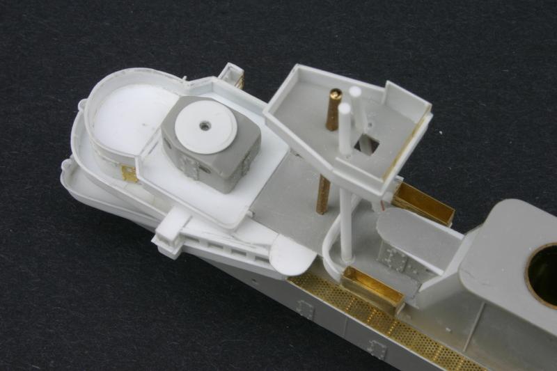 "USS HORNET CV-8 ""Raid on Tokyo"" 1/350 de Trumpeter - Page 2 18052807210323134915734014"