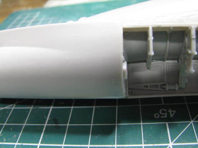 General Dynamic F-16A(MLU) FA-129 BAF Hasegawa 1/32  18053110055923669015738535