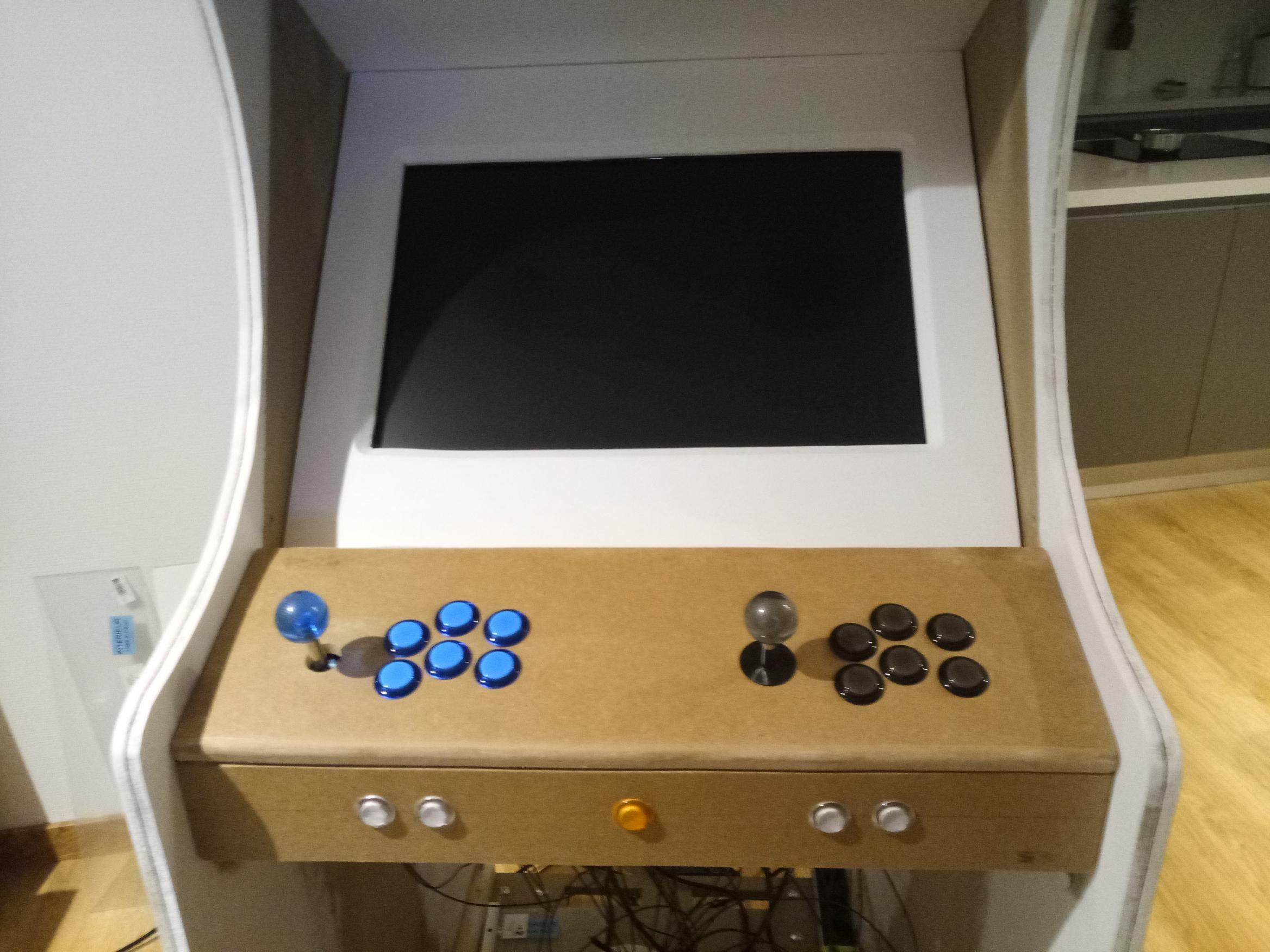 installe joystick et bouton
