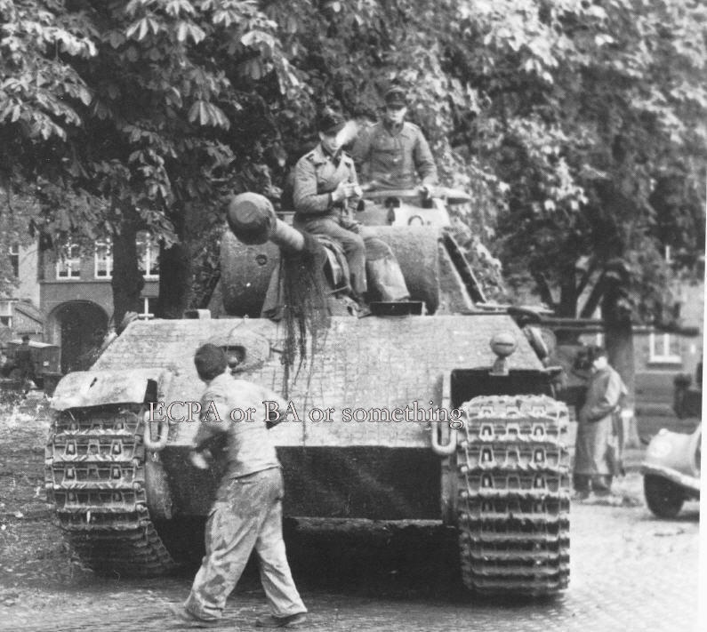 Terminé Panther G 24 Panzer Divsion Normandie 18062910460224138115785294