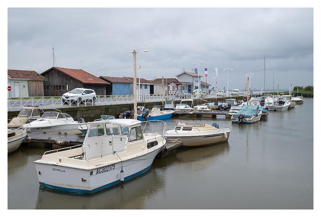Port de Audenge (sous la pluie). 18070510431817005515794426