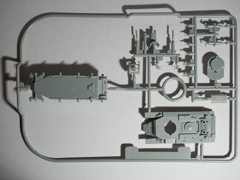 BT-42 [Dragon] 1/72 18071904115824220515813511