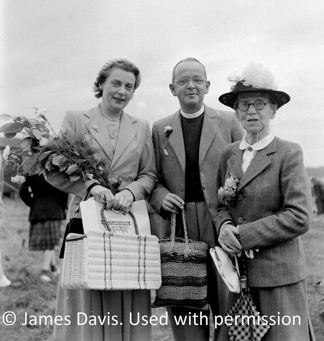 1953-Mr-Pryce-Jones 1