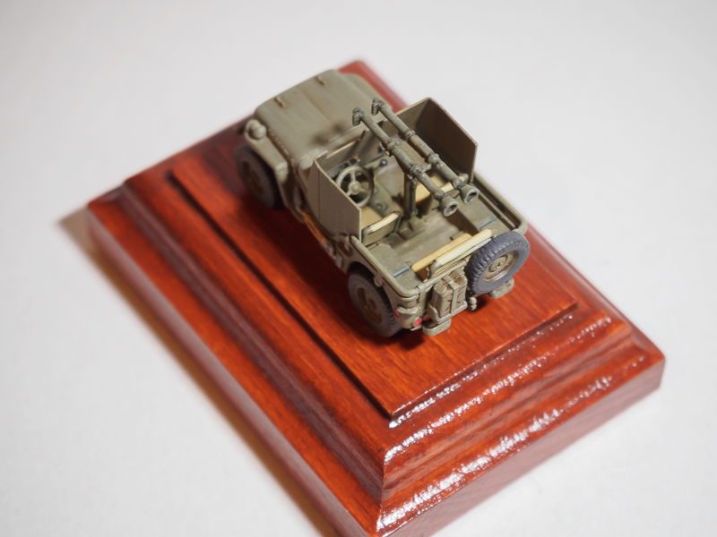 Armored 4x4 Truck / Ardennes 1945 [Dragon, 1/72] 18072302461624220515819307