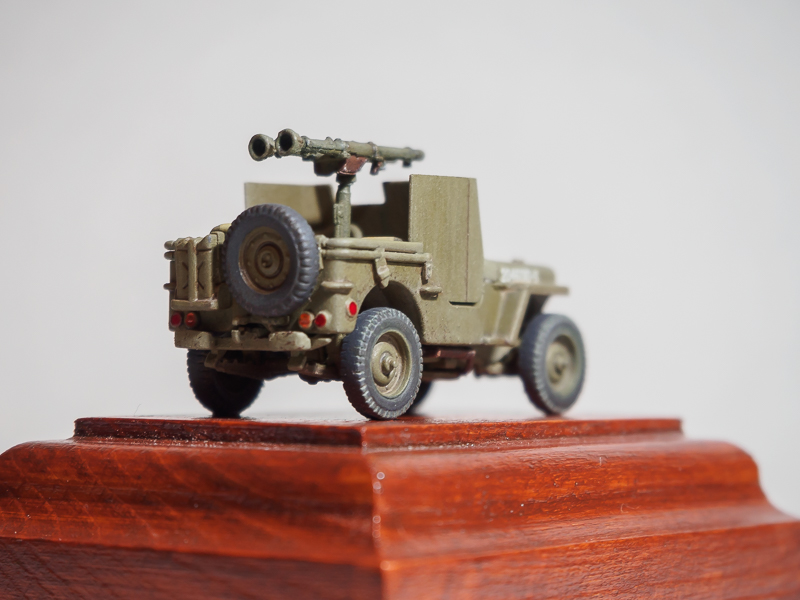 Armored 4x4 Truck / Ardennes 1945 [Dragon, 1/72] 18072302461724220515819308