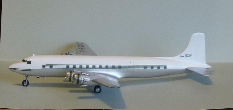 DC-6B  Minicraft 1/144 - Page 2 1808051119405669815836244