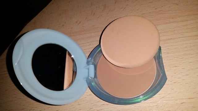 poudre compacte shiseido