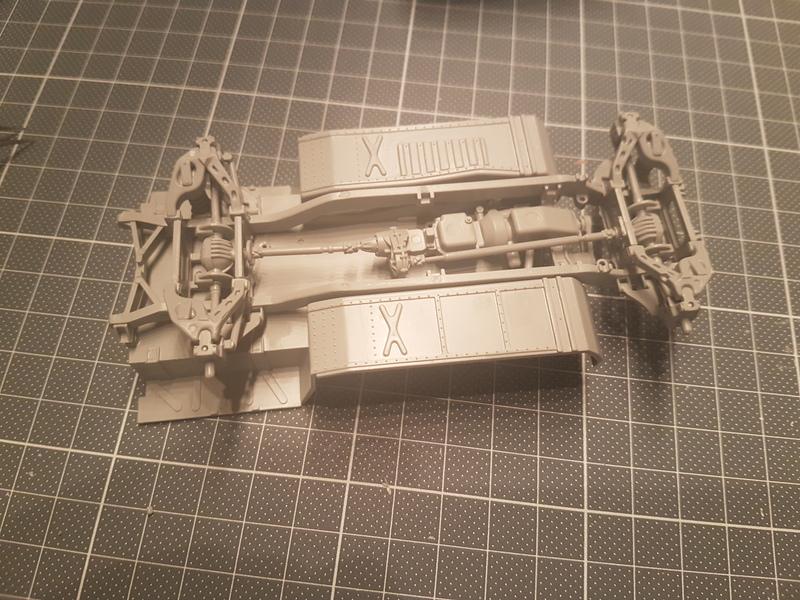 M998 Command Vehicle 1/35 Italeri 18082108450924268715857824