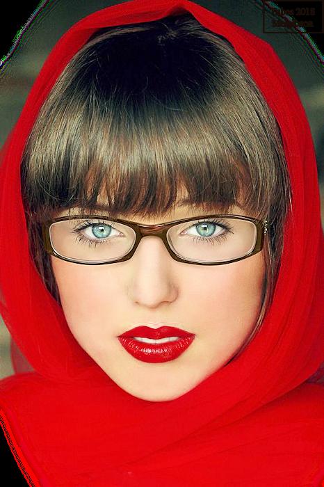 Femmes à lunette 1808241105052728615861598