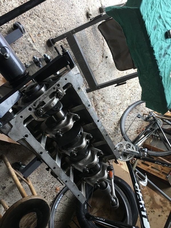 Réfection 1300 + ratés moteur..... - Page 3 18082606123824195115863808
