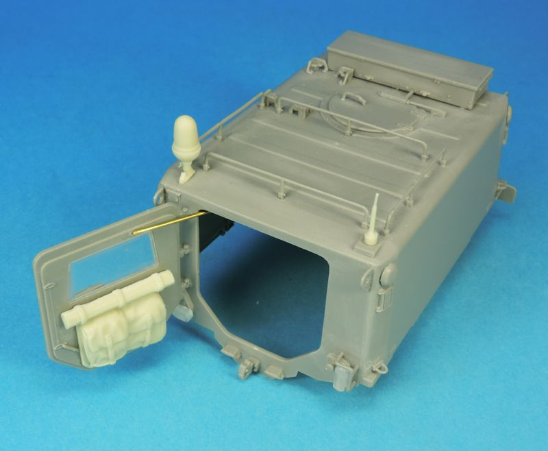 Nouveautés KMT (Kits Maquettes Tank). - Page 4 1809011206429210115871815