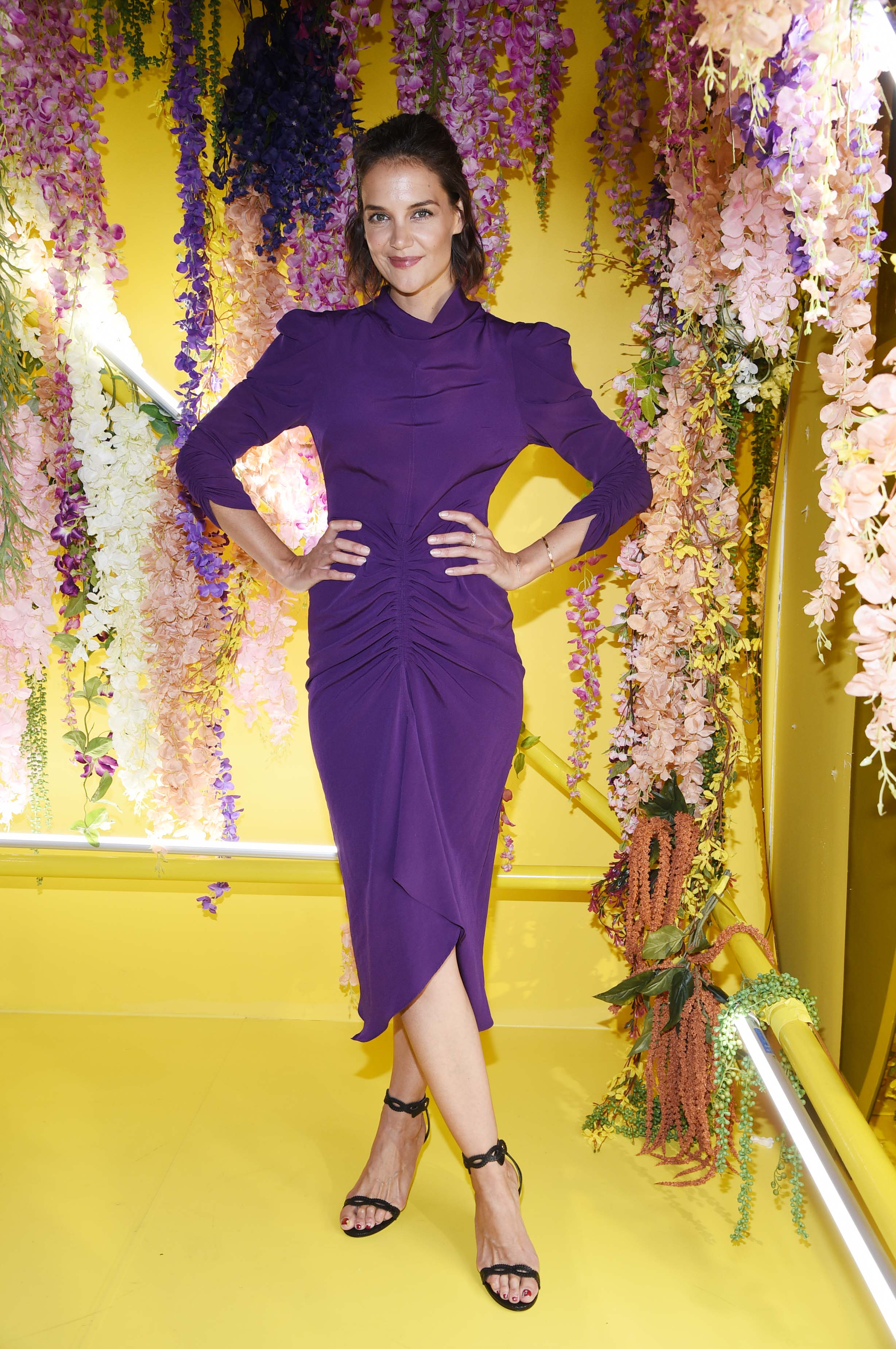 katie-holmes-a-human-experience-exhibit-in-nyc-9418-9