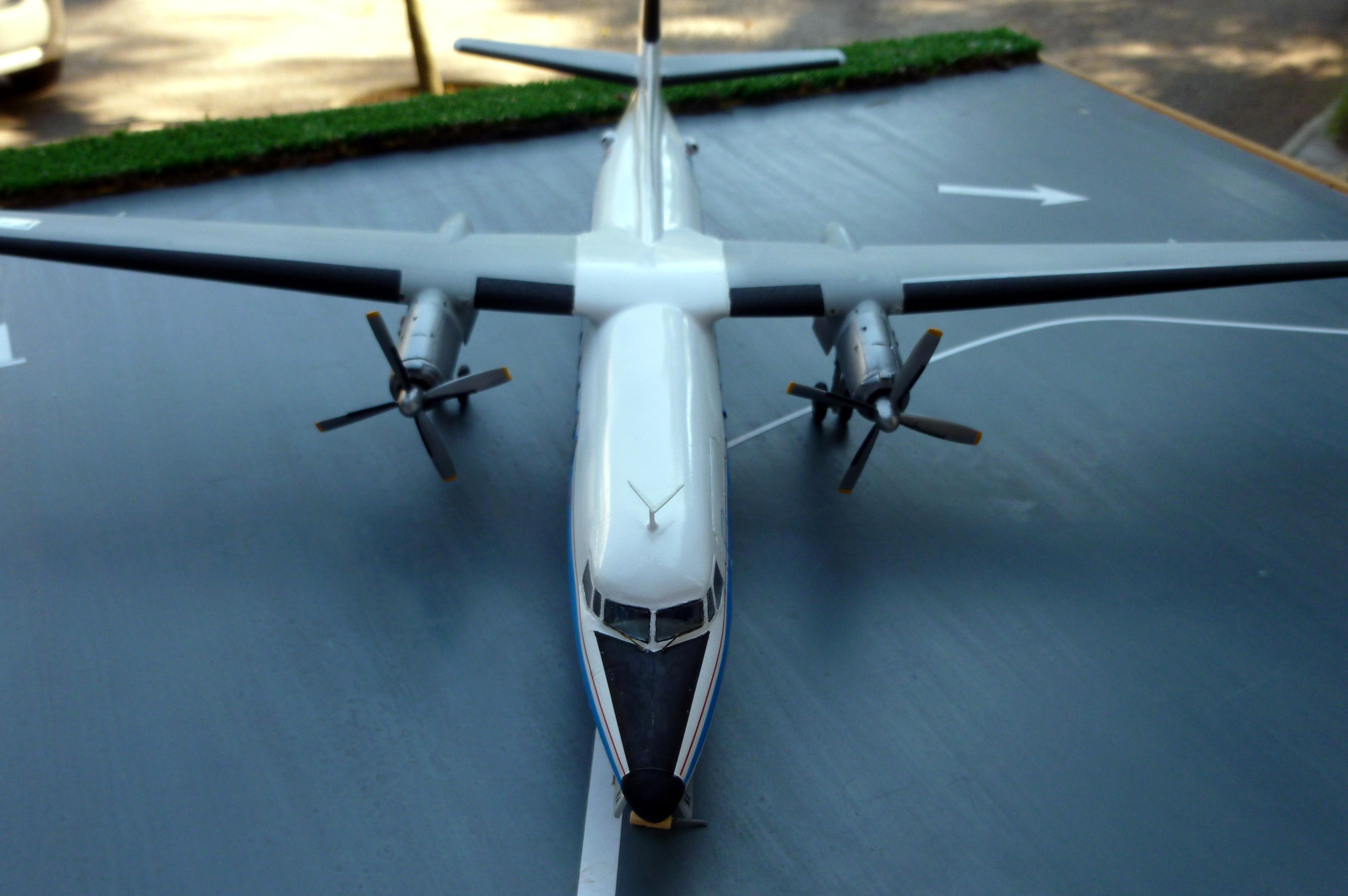 Fokker F 27-500  ESCI 1/72 scale - Page 2 18091105565821371115887935