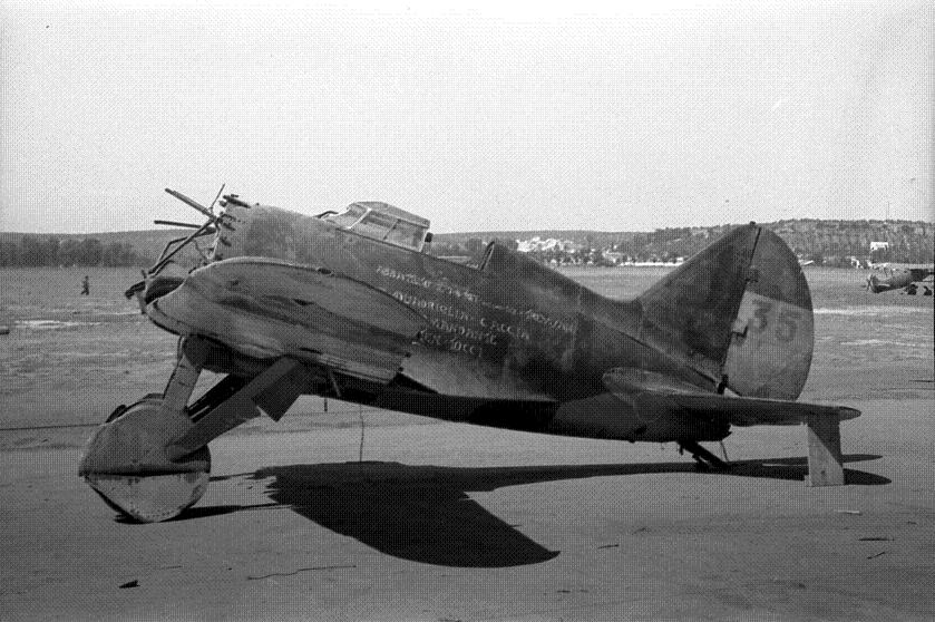 Polikarpov I-16. Du proto au I-185. P&J, Amodel, ICM , ArtModel , Eastern Express MSD 1/72.  - Page 2 18100512091923469215925324