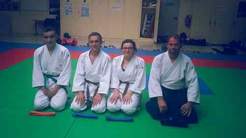 PRATIQUANTS - black-belt