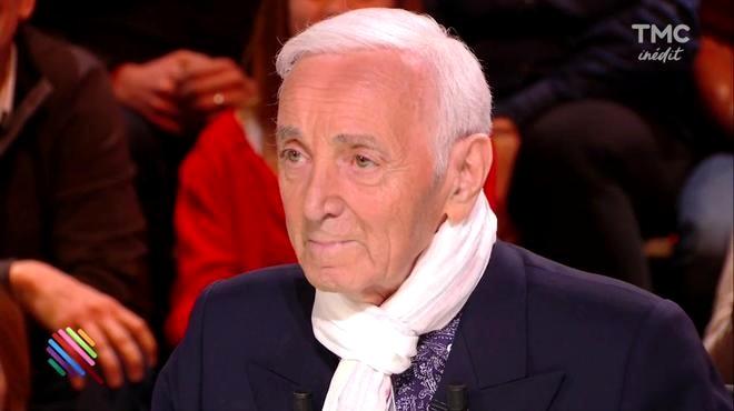 Aznavour costume marine
