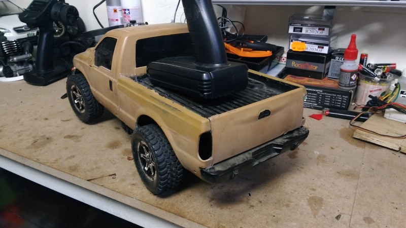 vends Ford F350 sur châssis kyosho alpha pure ten EP 18101107441723559215937804